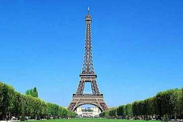 巴黎的标志埃菲尔铁塔