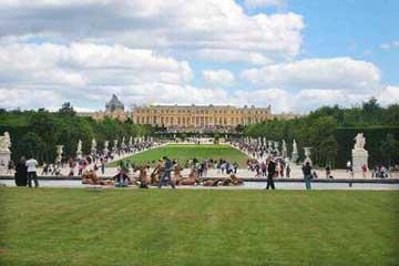法国古典艺术的典范:凡尔赛宫