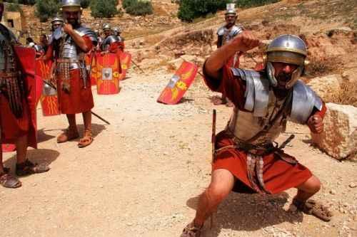 杰拉什-古罗马角斗士