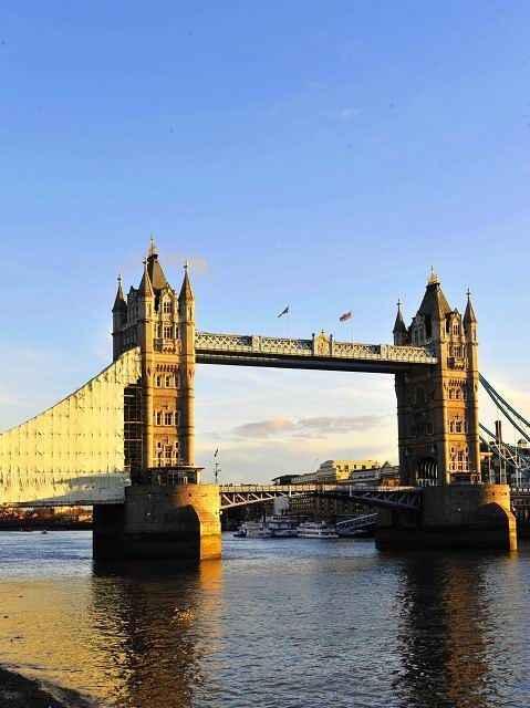 伦敦塔桥_新疆旅行网手机版