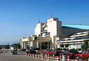 丽江机场新候机楼启用打造云南次级枢纽机场