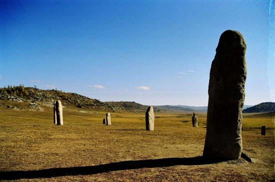 新疆阿勒泰草原石人风景区,图一