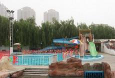 新疆阿勒泰市塘巴湖水上乐园