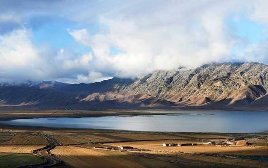 新疆阿勒泰富蕴可可托海伊雷木湖景点介绍,图三