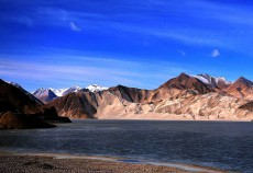 新疆阿图什幕士塔格峰
