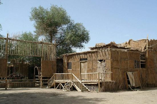 新疆库尔勒罗布人村寨,图三
