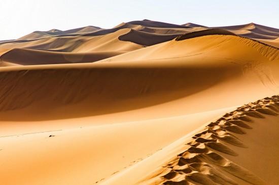 新疆吐鲁番库木塔格沙漠,图二
