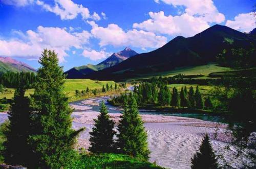 首頁 新疆旅游景點 伊犁旅游景點  門票價格: 無門票區間車: 無區間車