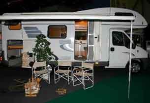 房车露营领略新型户外生活
