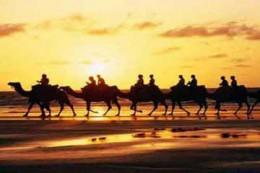 吐鲁番鄯善库姆塔格沙漠高铁休闲一日游