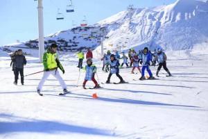 """""""快乐少年""""---滑雪训练营(五天)"""