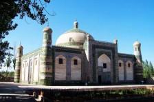南疆喀什民俗风情、北疆自然风光三飞九日游