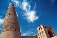 吐鲁番、库尔勒、巴音布鲁克草原、阿克苏、喀纳斯、天池、喀什单飞十六日游