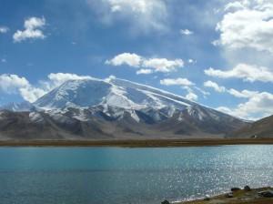 天山天池、吐鲁番、喀什双飞六日游