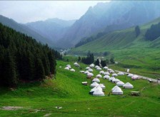 南山牧场、天池、吐鲁番三日游